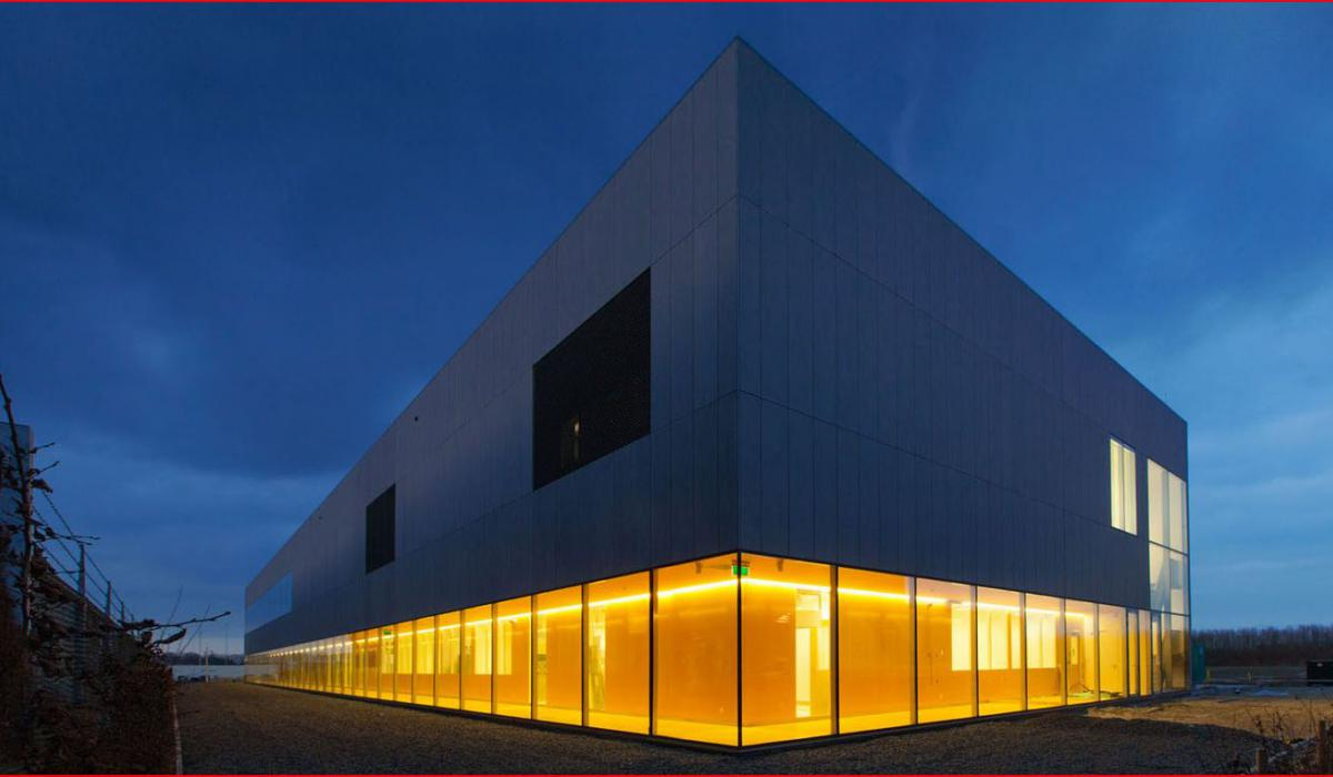 Apotheek Erasmus MC - Gorinchem/Apotheek Radboudumc Gorinchem - EMG Architecten 1.JPG