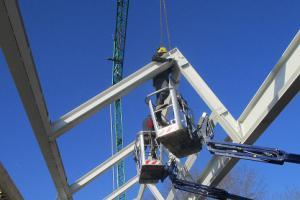 NOAHH_CLV_Highest point construction_photo Derk Koster 3.jpg