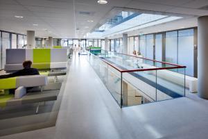 Spaarne Gasthuis - Hoofddorp/Spaarne Ziekenhuis, oncologische poli (Wiegerinck) 3.jpg