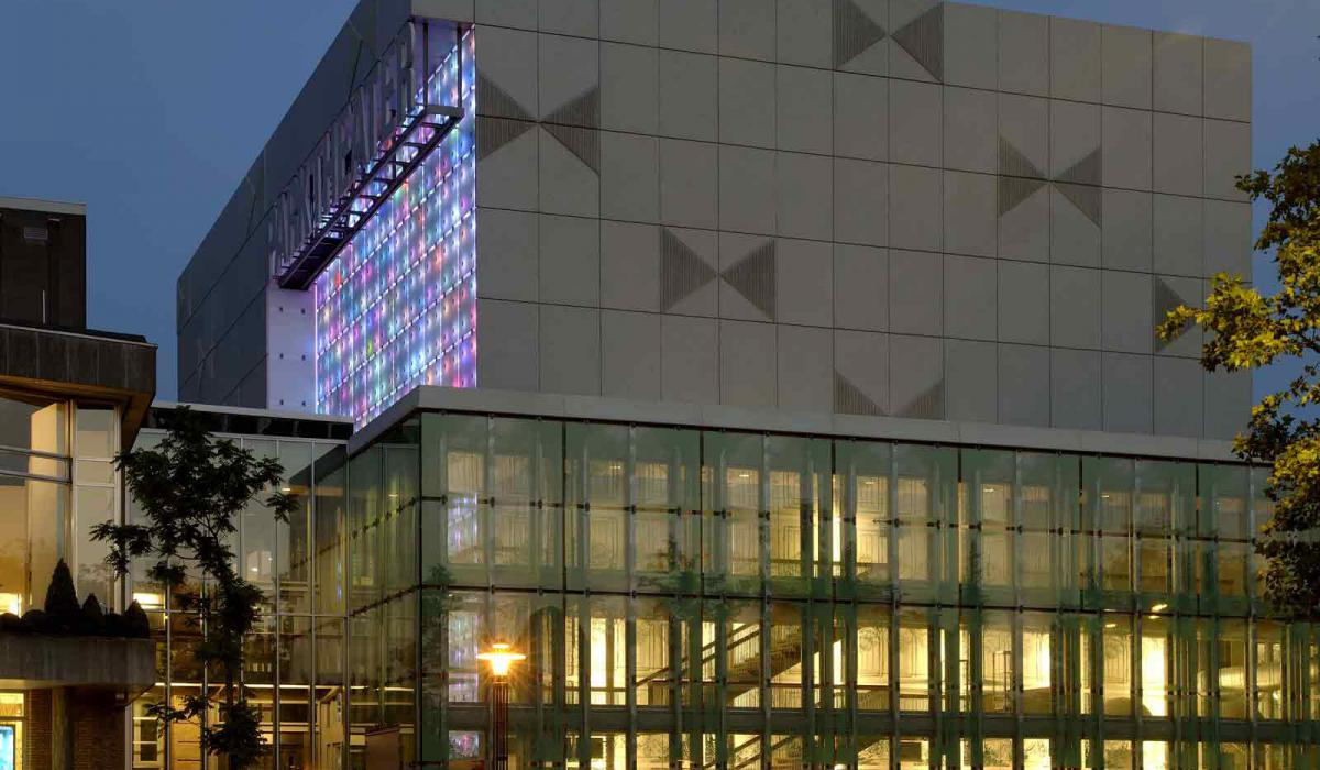 Parktheater - Eindhoven/01 (architecten-en-en).jpg