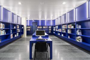 Universiteitsbibliotheek Groningen/Universiteitsbibliotheek (architect AG architecten fotograaf Ronald Schouten)2.jpg